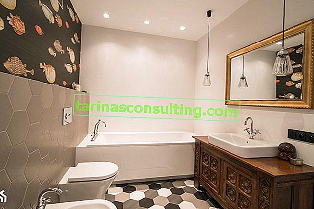 Come scegliere uno specchio per il bagno?