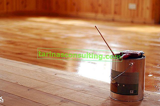 Lesni vosek - kateri pripravek izbrati za voskanje z lesom?