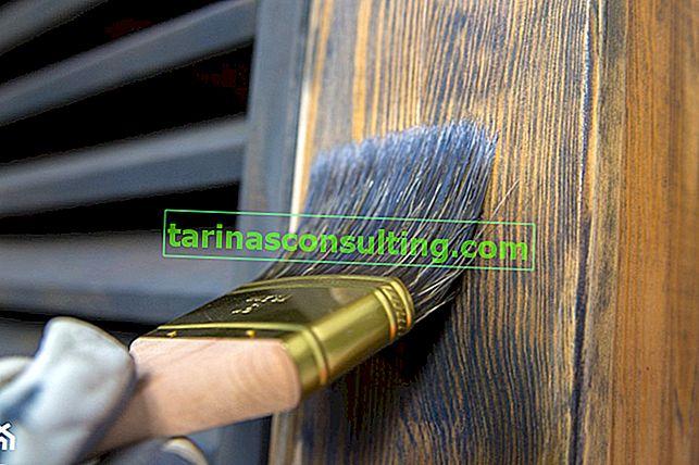 Cosa e come dipingere il legno? Vale la pena saperlo!