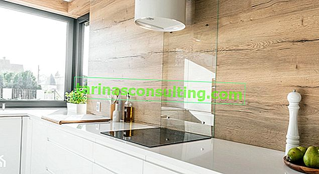 Pannelli a parete per la cucina: modelli che funzioneranno bene nei tuoi interni