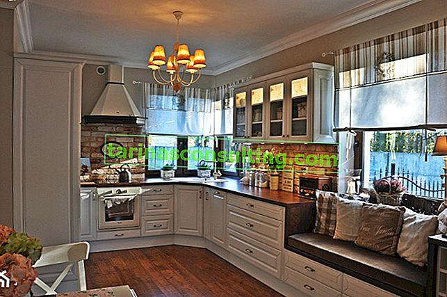 Come decorare una finestra della cucina?