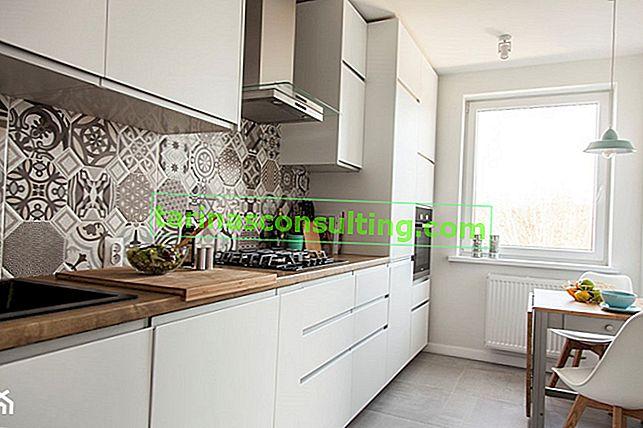 Comment aménager une petite cuisine dans un immeuble? Voir les solutions intelligentes