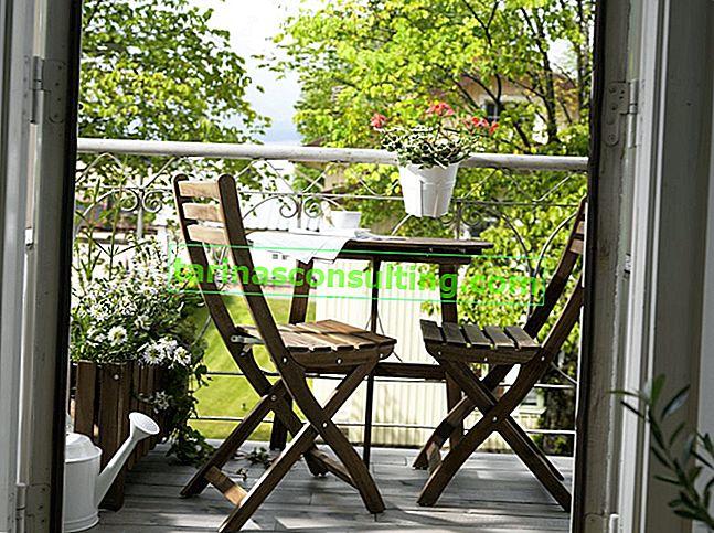 Come organizzare un piccolo balcone in un condominio?