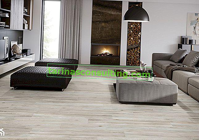 Legno o piastrelle simili al legno: quale pavimento sarà migliore per il soggiorno? Controlliamo!