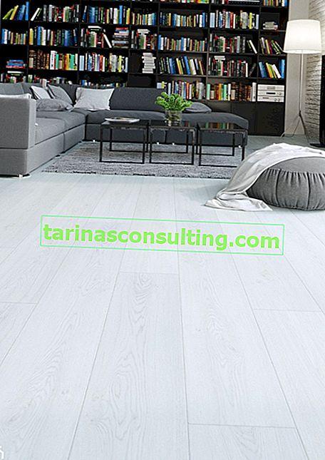 Come scegliere un pavimento che abbini un soggiorno con una cucina a vista?