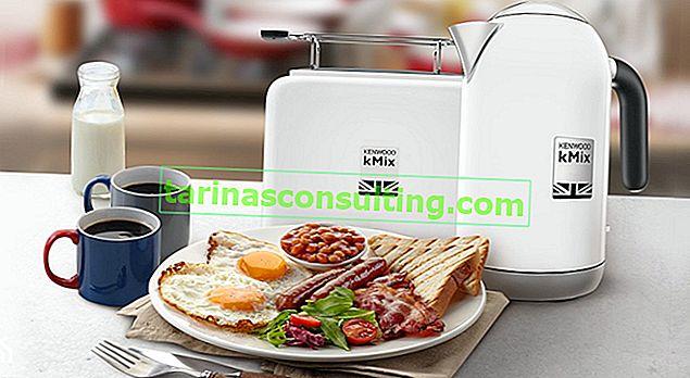 Englisches Frühstück nach britischer Art in der Küche und auf dem Teller