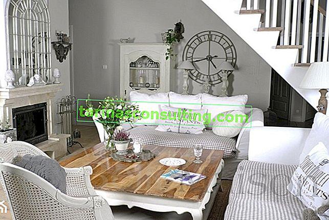 Disposizione del soggiorno - stile provenzale